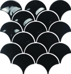 A black coloured mosaic fish scale tile. Perfect for use in kitchen and bathroom splasbacks.