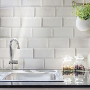 Spanish Splashback Tile Craquele Snow Gloss Bevelled